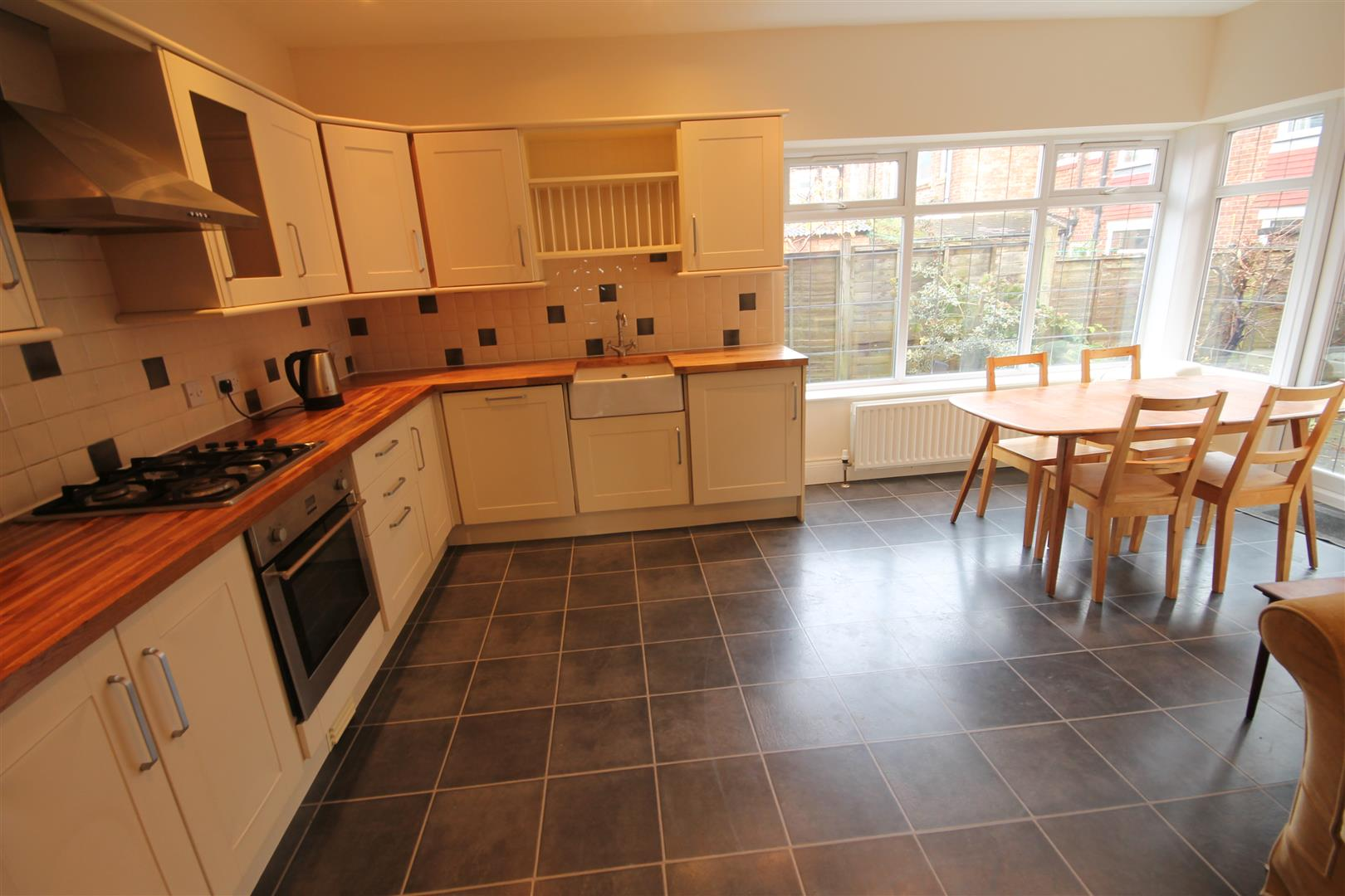 Matfen Place Newcastle Upon Tyne, 4 Bedrooms  House - detached ,To Let